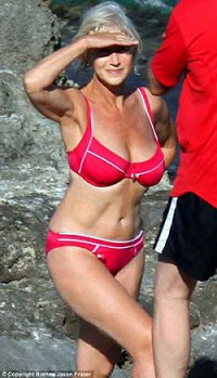 Helen Mirren: Italian holiday in 2008 (© mario brenna/jason fraser)